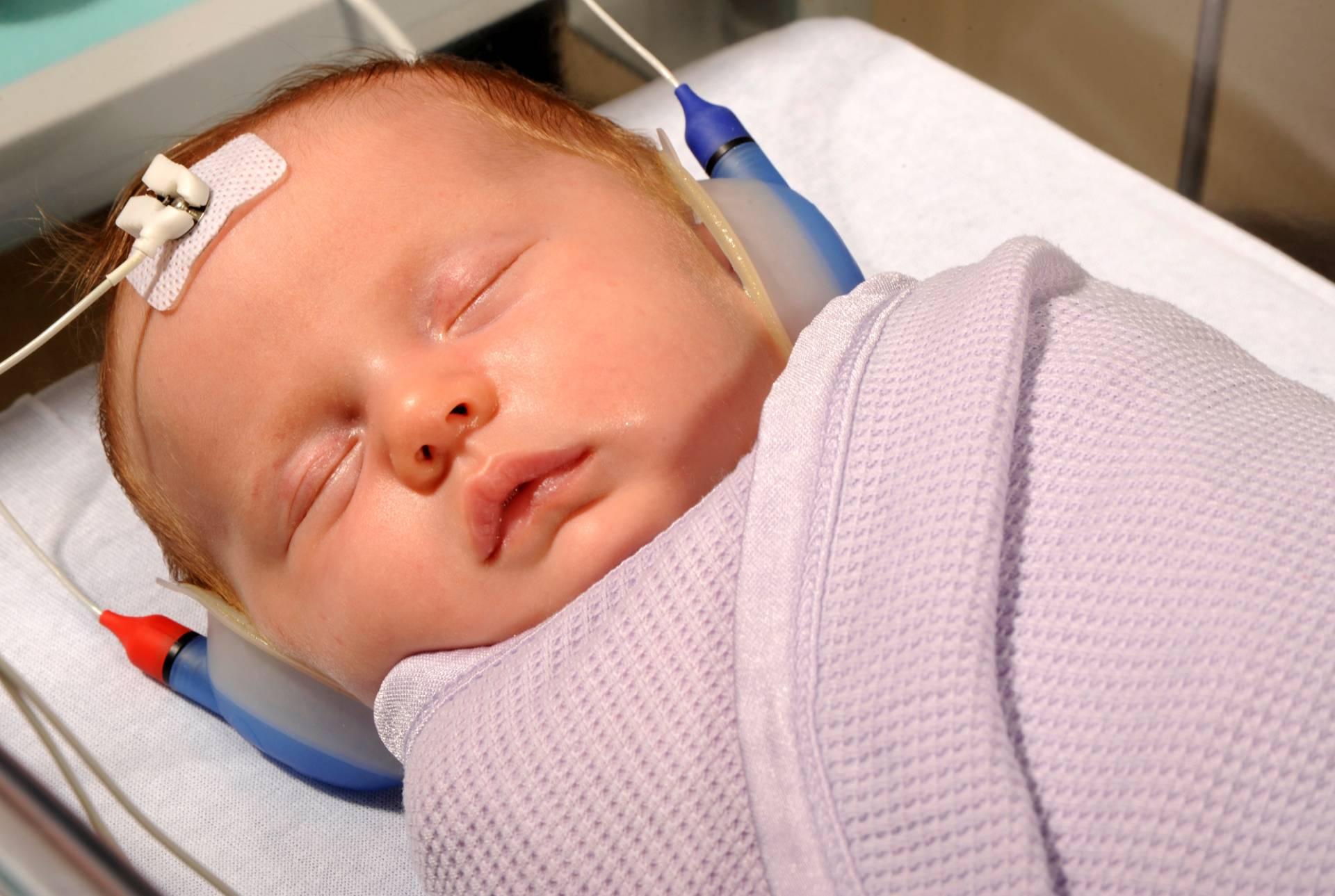Importanța protezării auditive a copilului de vârstă foarte mică